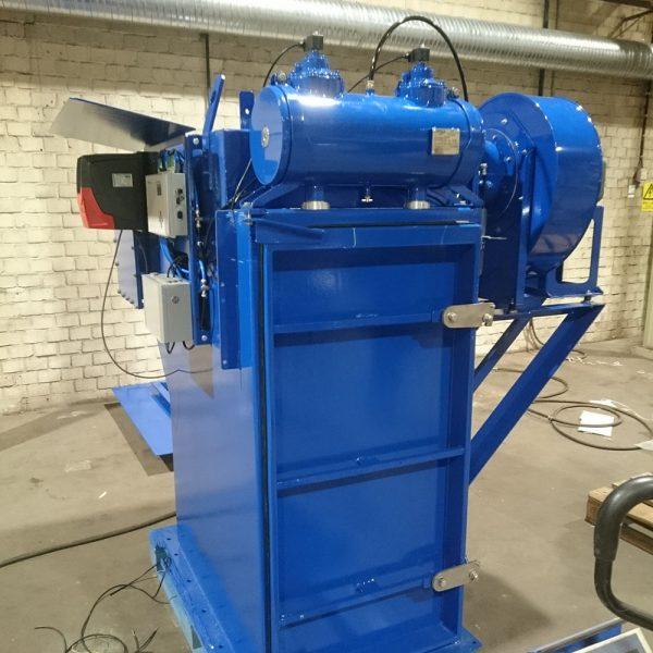 Komplett monterat silotoppsfilter PFMG-10 i fabrik