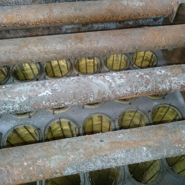 Slangplan öppnat för kontroll av slangar och renssystem under service