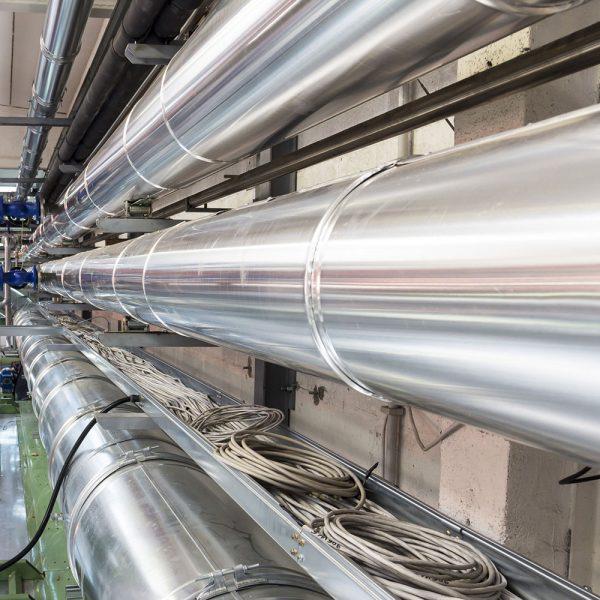 Installerade luftkanaler på industri